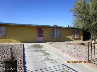 Tucson Single Family Home Active Contingent: 1726 W Root Lane