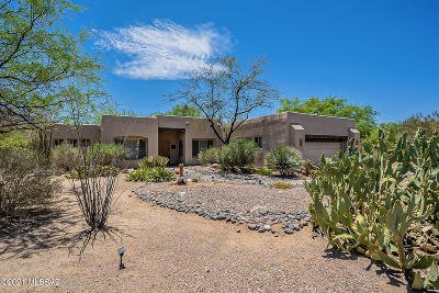 Oro Valley Single Family Home Active Contingent: 1313 W Saddlehorn Drive