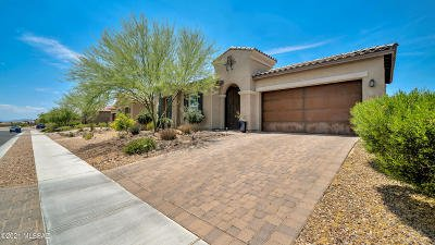 Oro Valley Single Family Home Active Contingent: 13655 N Meadowhawk Lane