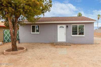 Tucson Single Family Home Active Contingent: 3723 E March Place