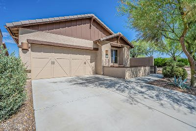 Oro Valley Single Family Home Active Contingent: 13487 N Barlassina Drive