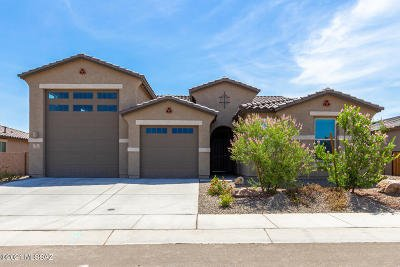 Marana Single Family Home Active Contingent: 12160 N Caravelle Place