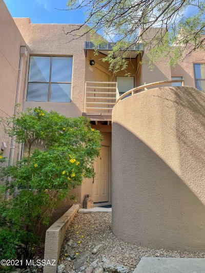 Tucson Condo Active Contingent: 6655 N Canyon Crest Drive #12268