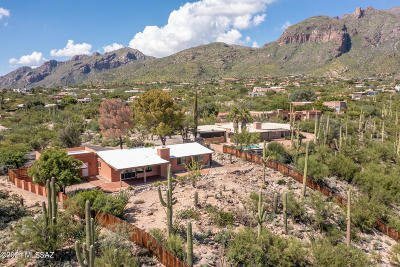 Tucson Single Family Home Active Contingent: 6922 N Table Mountain Road