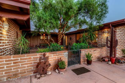 Tucson Single Family Home Active Contingent: 4030 N Camino Gacela