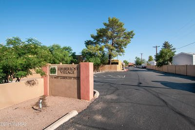 Tucson Townhouse Active Contingent: 712 W Limberlost Drive #47