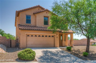 Tucson Single Family Home Active Contingent: 8230 N Winding Willow Way
