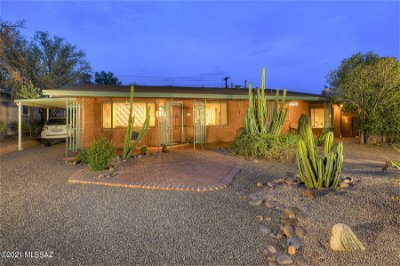 Tucson Single Family Home Active Contingent: 3470 E 4th Street