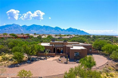 Oro Valley Single Family Home Active Contingent: 13662 N Old Forest Trail