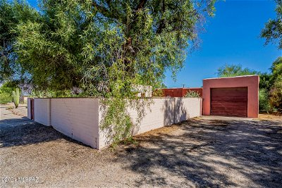 Tucson Single Family Home Active Contingent: 3802 E Lee Street