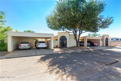 Tucson Townhouse For Sale: 716 N Hayden Drive