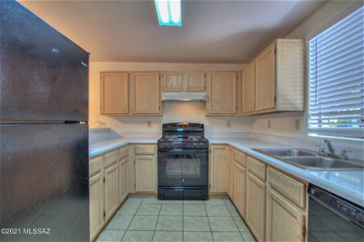 Tucson Townhouse For Sale: 2759 N Centre Ct Drive