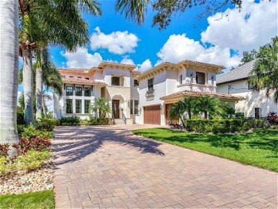 Tampa Single Family Home For Sale: 64 MARTINIQUE AVENUE