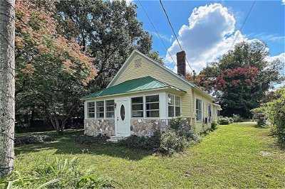 Hillsborough County, Pasco County, Pinellas County Single Family Home For Sale: 37534 HOWARD AVENUE