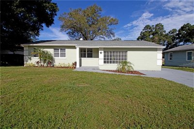 Hillsborough County, Pasco County, Pinellas County Single Family Home For Sale: 4916 WISHART BOULEVARD