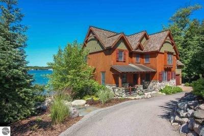 Single Family Home For Sale: 4777 NE Torch Lake Drive