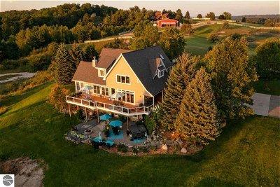 Williamsburg Single Family Home For Sale: 6075 Arabian Lane