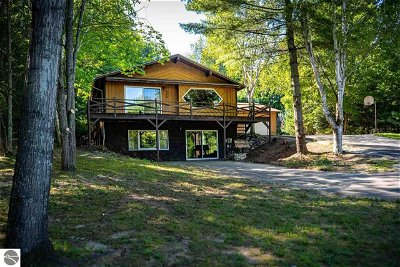 Single Family Home For Sale: 11960 SW Torch Lake Drive