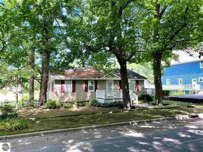 Traverse City Single Family Home For Sale: 123 E Seventeenth Street