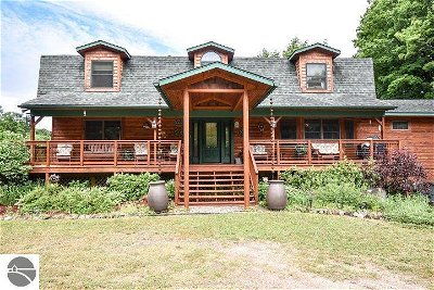 Alden Single Family Home For Sale: 9592 McPherson Road