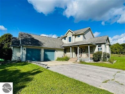 Bellaire Single Family Home For Sale: 5475 Broken Club Drive