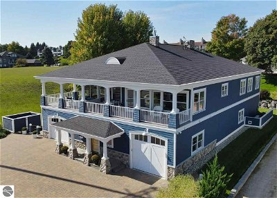 Single Family Home For Sale: 211 Ferry Avenue
