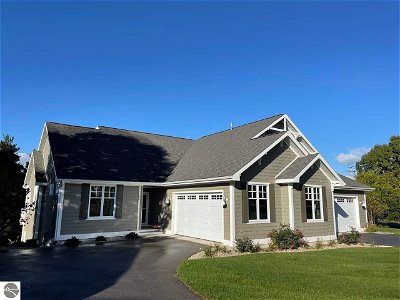 Grand Traverse County Condo New: 54 Wildwood Meadows