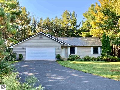 Grand Traverse County Single Family Home New: 3551 Westridge Court