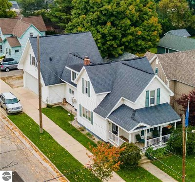 Grand Traverse County Multi Family Home New: 1228 S Union Street