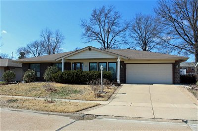 Single Family Home Sold: 5149 Oakfire Drive