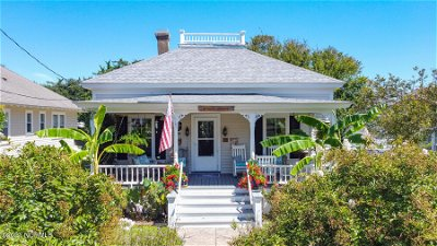 Beaufort NC Single Family Home Pending With Showings: $525,000